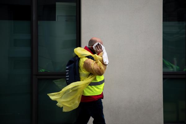Gilets jaunes de rage de Emma Prosdocimi - Prix Nikon de la révélation photographique, sur la révolution des couleurs